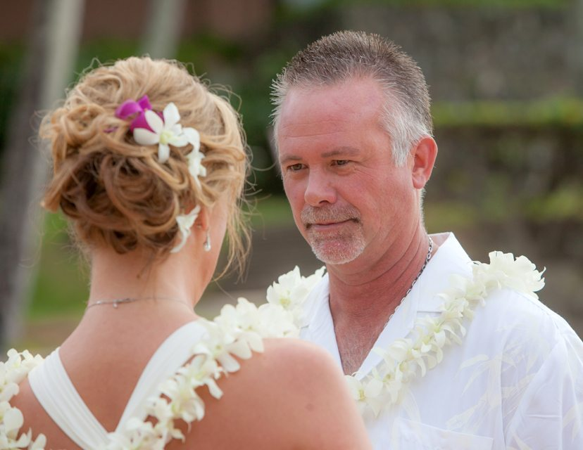 vMaui wedding photgrapher 7_ behind the lens Maui.