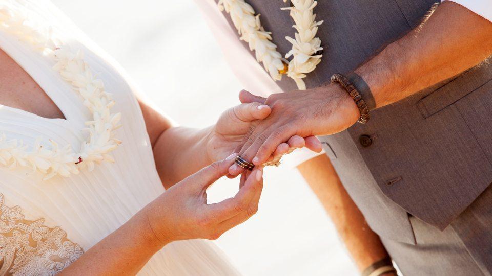 maui wedding photographer_ behind The Lens Maui.5
