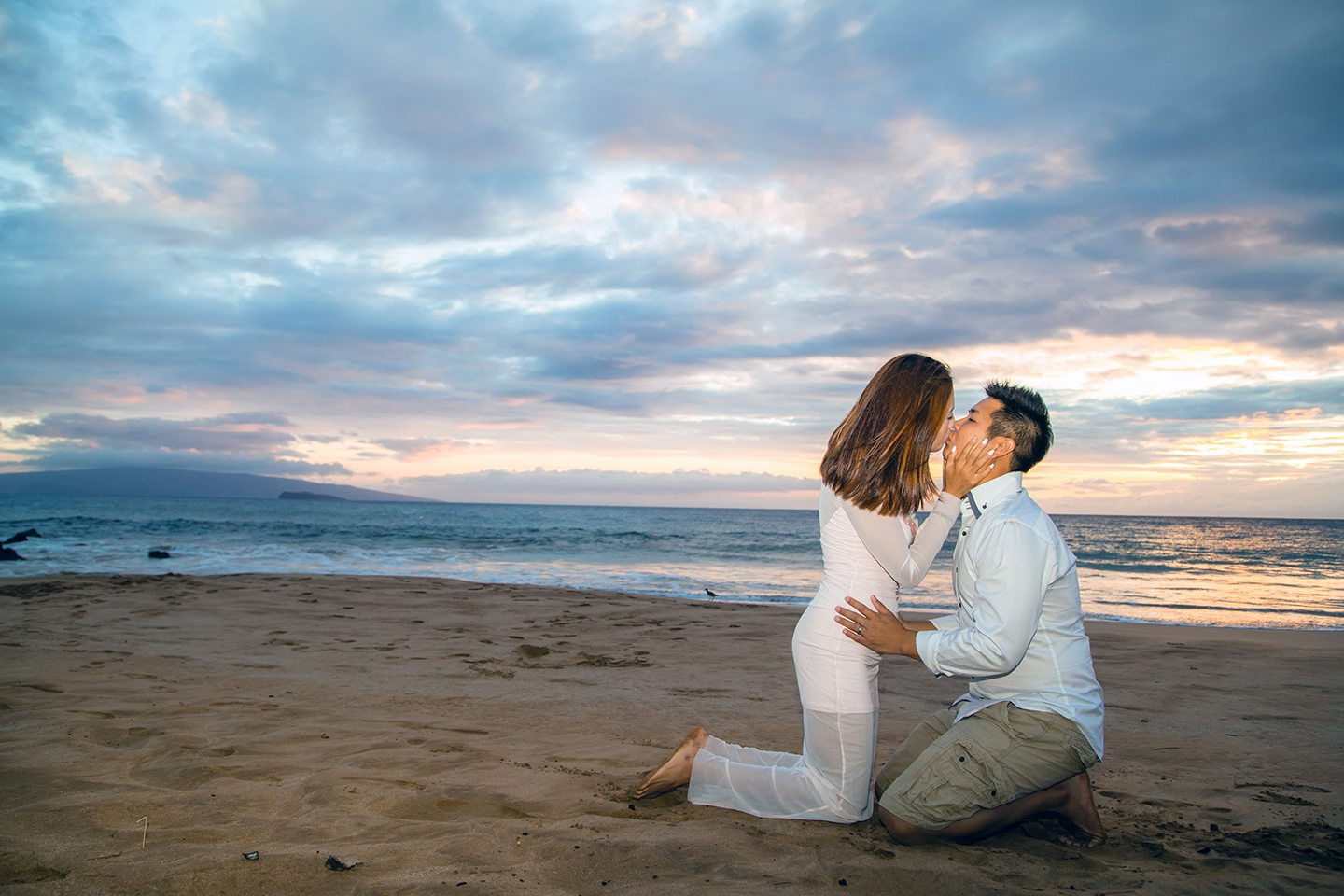 engagement photo session_ behind the lens maui