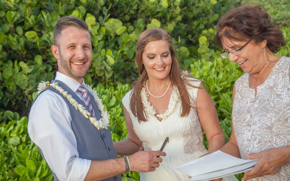 maui wedding photographer_ behind The Lens Maui.j7