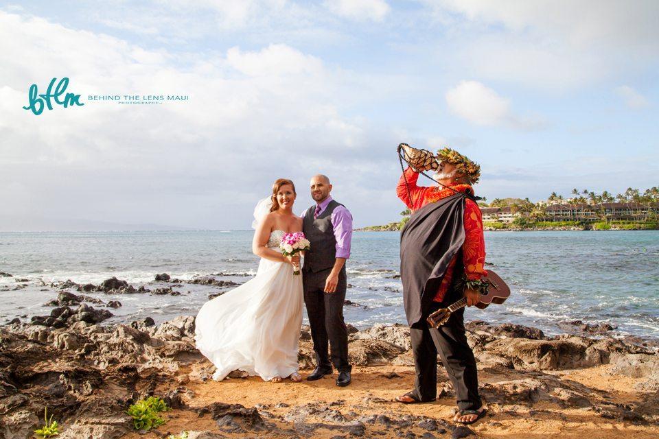 maui photographer_01 beach wedding.jpg