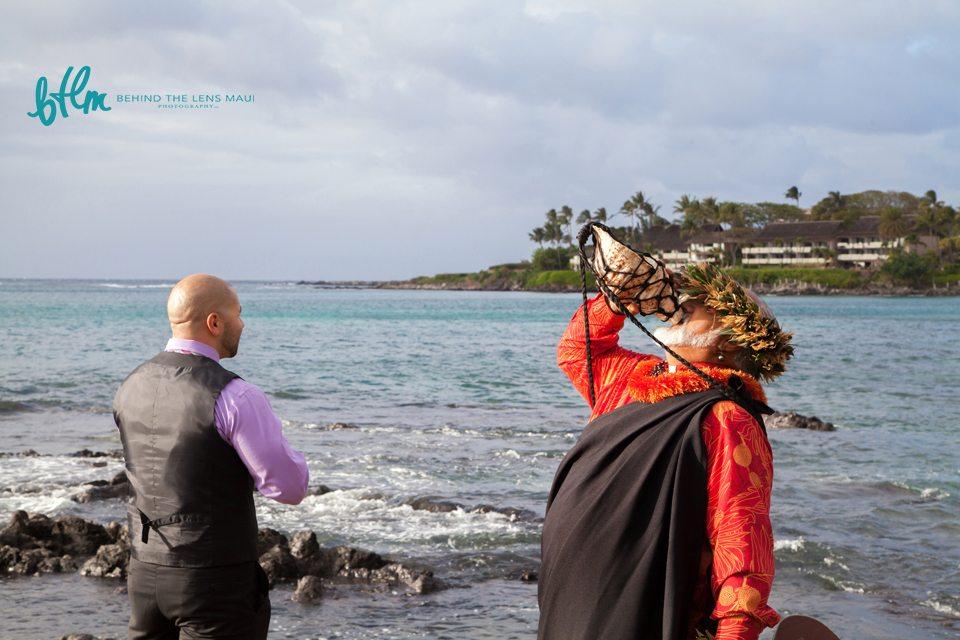photographer Maui_beach wedding.jpg