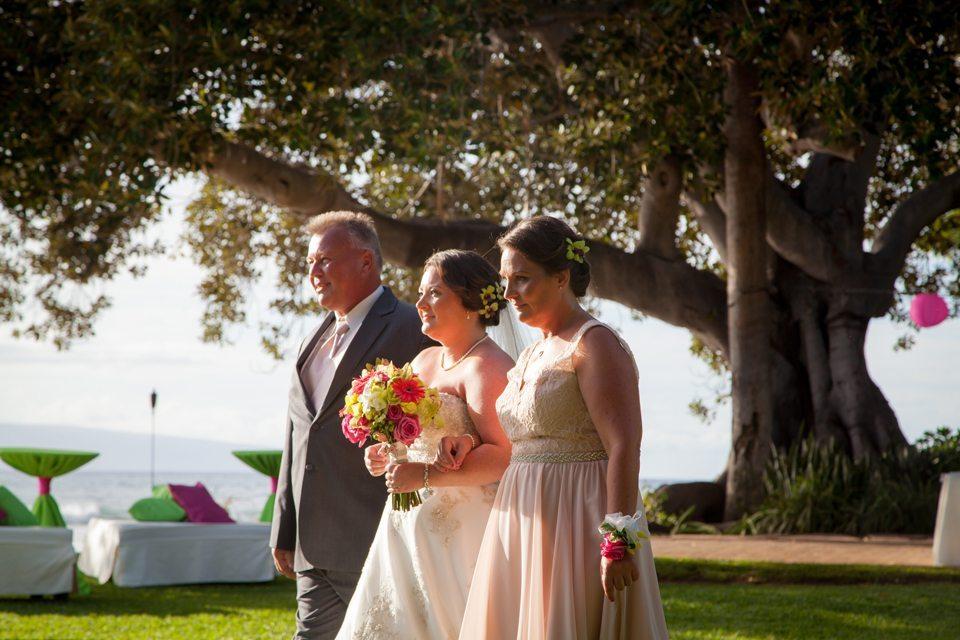 Maui Wedding Photographers_ behind the lens maui