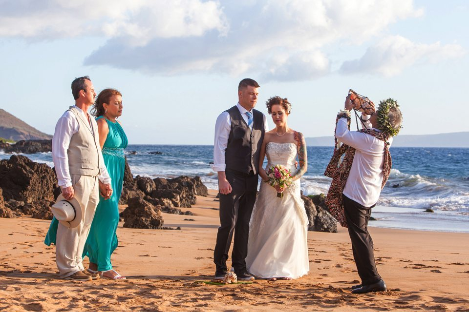 wedding photographers maui_behind the lens maui.jpg
