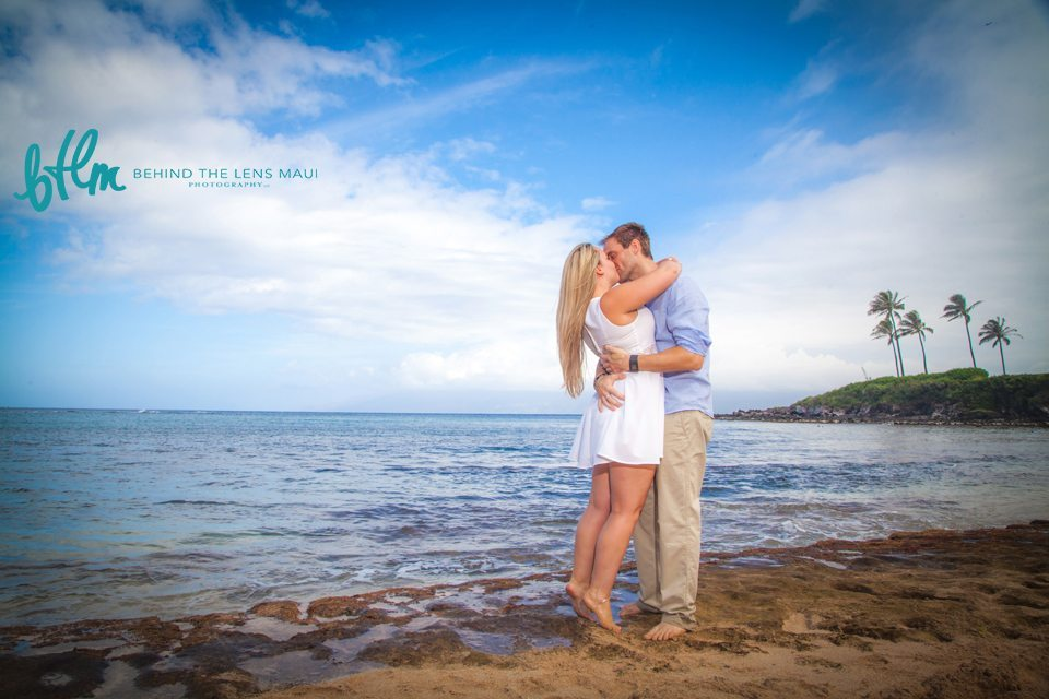 couples portrraits maui_behind the lens maui.jpg