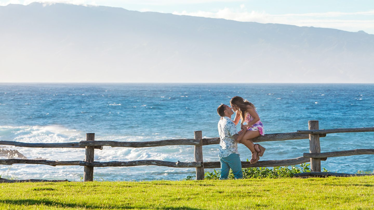 couples portraits_ behind the lens maui.jpg