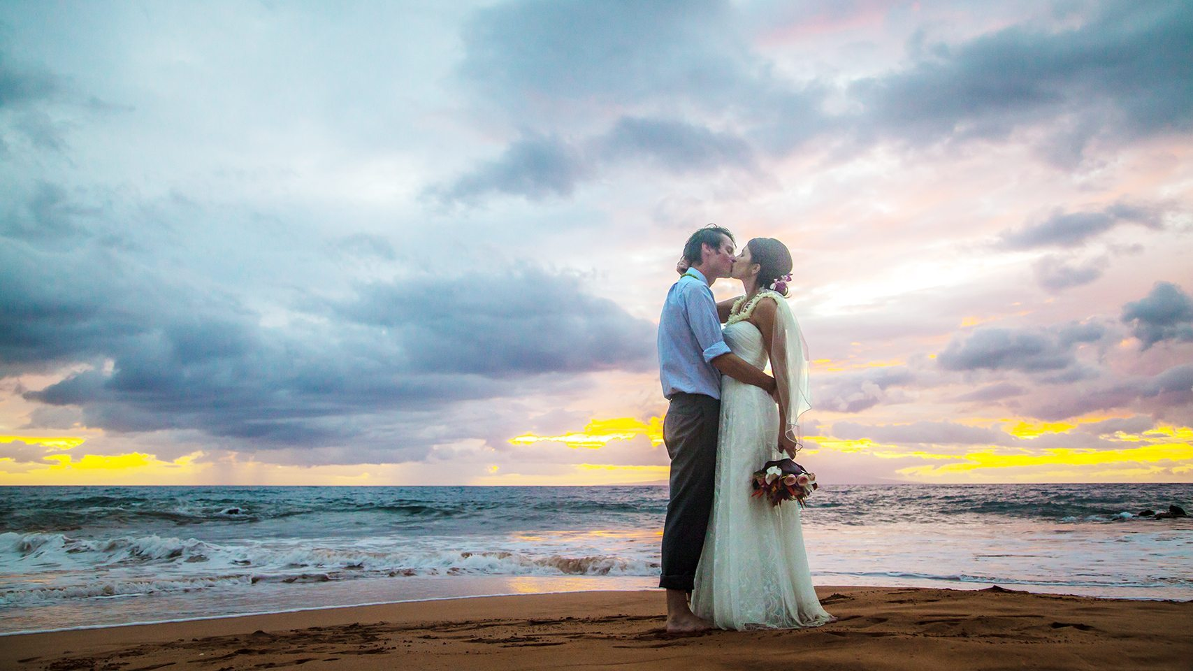 destination maui wedding_behind the lens maui