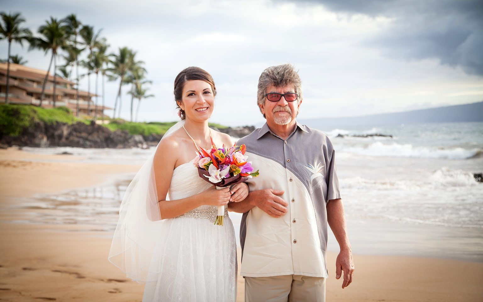 photographer weddings maui_behind the lens maui