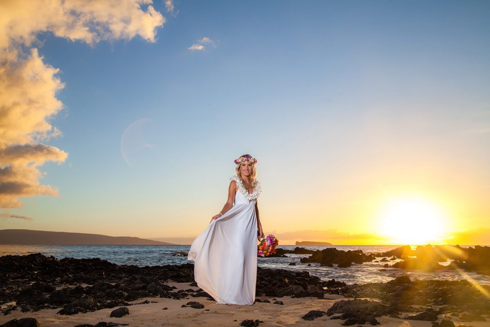 bride_behind the lens maui