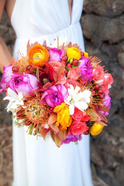 wedding bouquet _ behind the lens maui