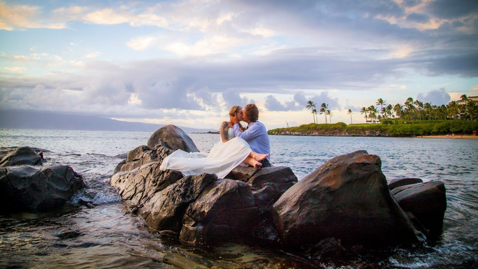 trash the dress session_behind the lens maui.