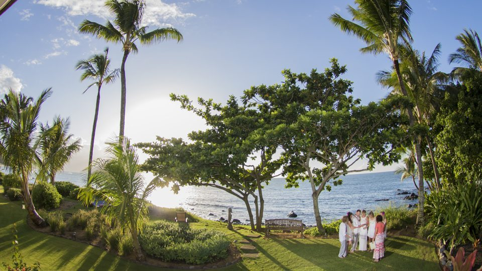 maui wedding photographer2 .jpg