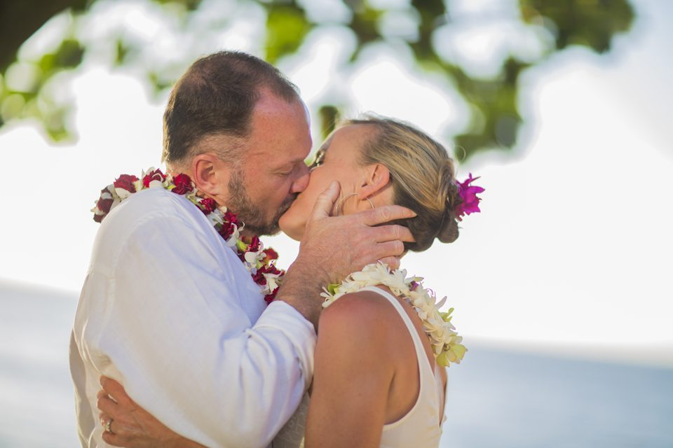 maui wedding photographers .jpg