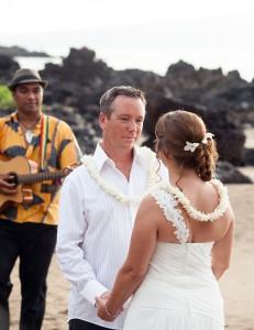 maui wedding photographer, maui beach wedding, maui photography
